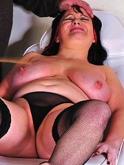 Severe Pussy And Anal Playing